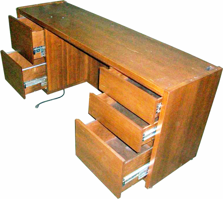 71 1 2 Beechwood Office Computer Desk W Grommet Holes We Buy And Sell Used Office Furniture